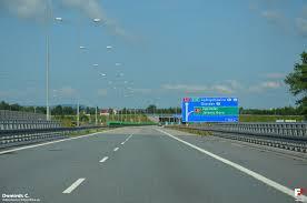 2c95ccdb020f3 Samoobsługowe bramki uruchomiła na placach poboru opłat autostrady A4 w  Mysłowicach i Balicach spółka Stalexport Autostrada Małopolska.